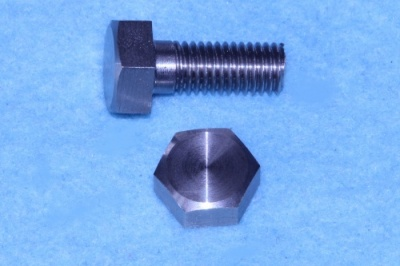 02) 1/4 Cycle Bolt Stainless x 5/8'' Steel HC14058