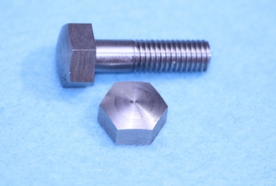 04) 1/4 Domed Bolt x 7/8'' Stainless Steel BSF HB14078D