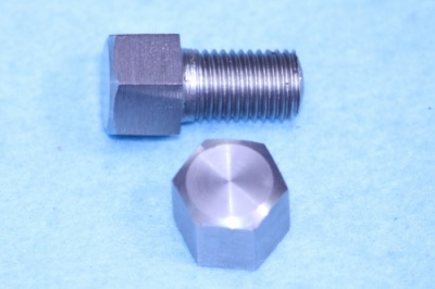 01) 5/16 Cycle X 1/2'' 0.445'' A/F Stainless Bolt Steel HC516012S