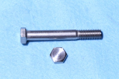 09) 3/8 UNC Bolt x 2-3/4'' Stainless HUC38234