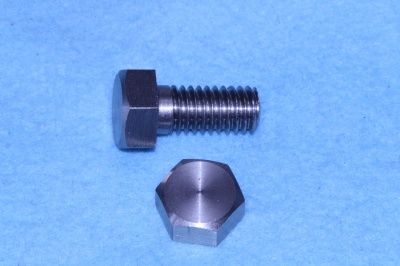01) 3/8 Whitworth Bolt x 3/4'' Stainless Steel Hex HW38034