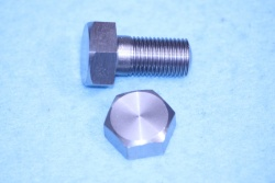01) 3/8 Cycle X 3/4''  Stainless Steel Bolt HC38034