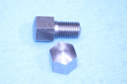 01) 5/16 Cycle X 1/2'' 0.445'' A/F Stainless Steel Bolt Domed HC516012DS