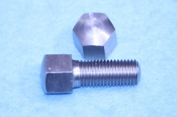 02) 5/16 Cycle 0.445'' A/F X 3/4'' Stainless Bolt Steel Domed HC516034DS