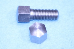 03) 5/16 0.445'' A/F Cycle Stainless Steel Domed Bolt X 1'' HC516100DS