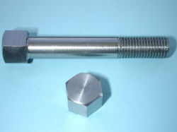 07) 5/16 Steel Stainless Cycle X 2'' 0.445'' A/F Bolt X 2'' HC516200S
