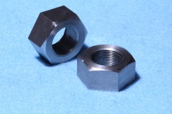 70) 5/8 Cycle Nut 26tpi Stainless Full 26tpi NCF58026 - Q37
