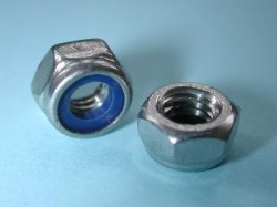 02) 4 mm Nut Stainless Nyloc NMY04 - Z18