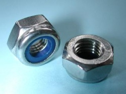 73) 10 mm Nut Stainless Nyloc NMY10 - L18